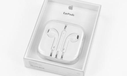 애플의 새로운 이어팟 헤드폰(EarPod Headphone) 분해 사진